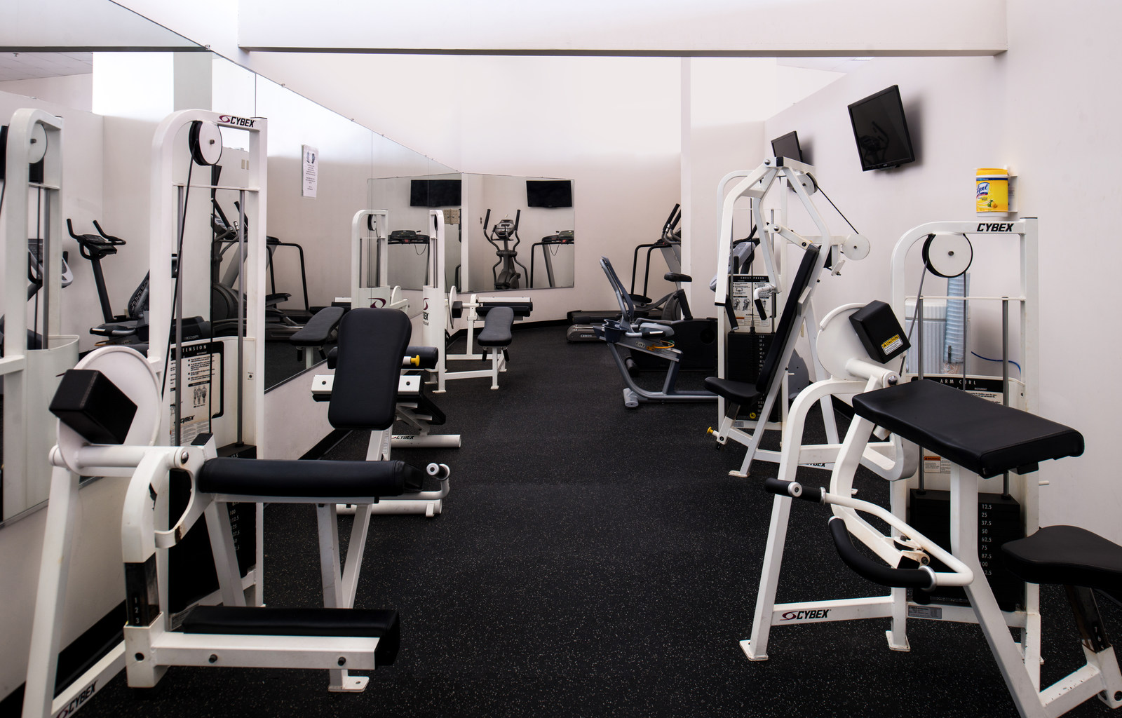 Gym 1 Amenities