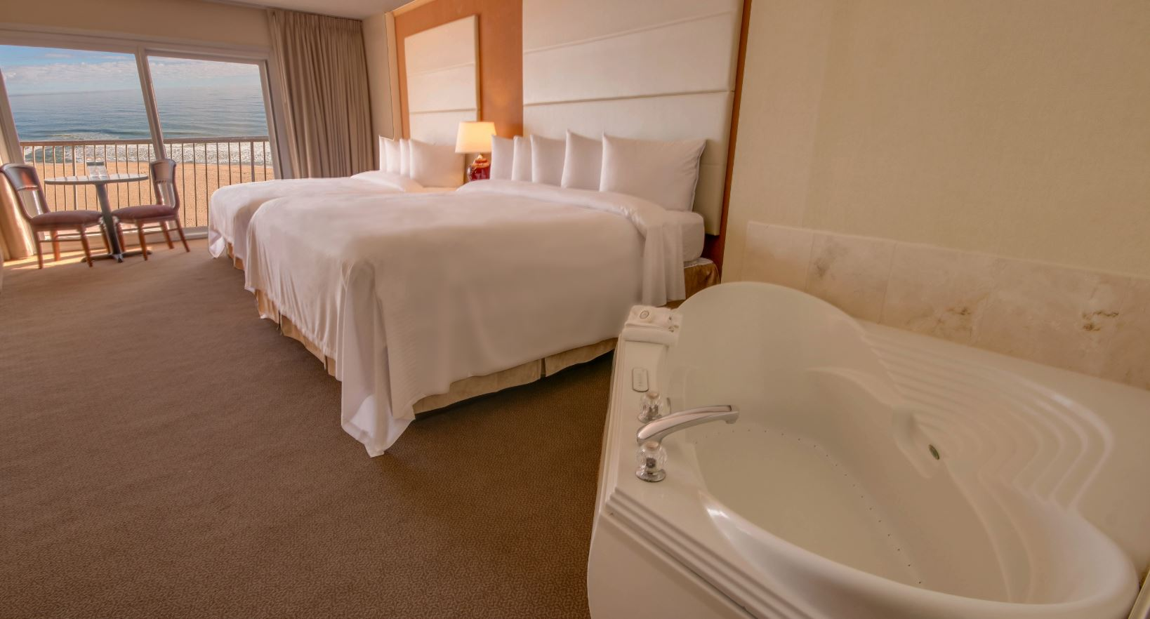 King Jacuzzi Ocean Front Rooms Suites Grand Hotel Spa