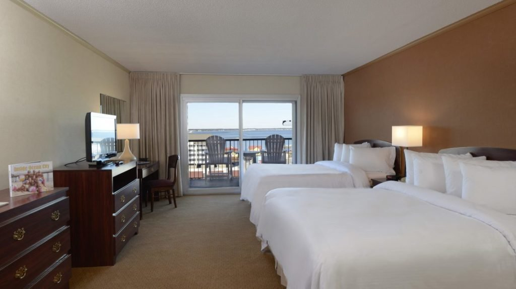 double bed room at grand hotel