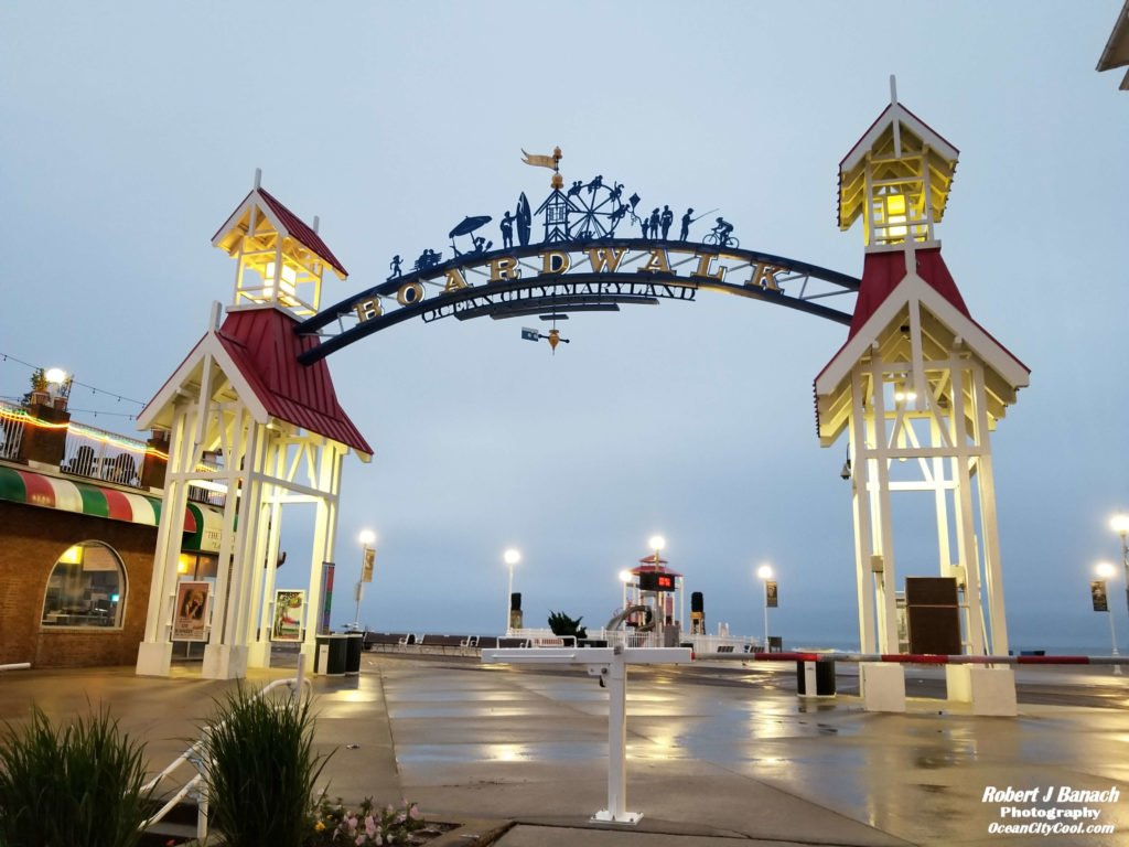 ocean city md boardwalk arch with lights on